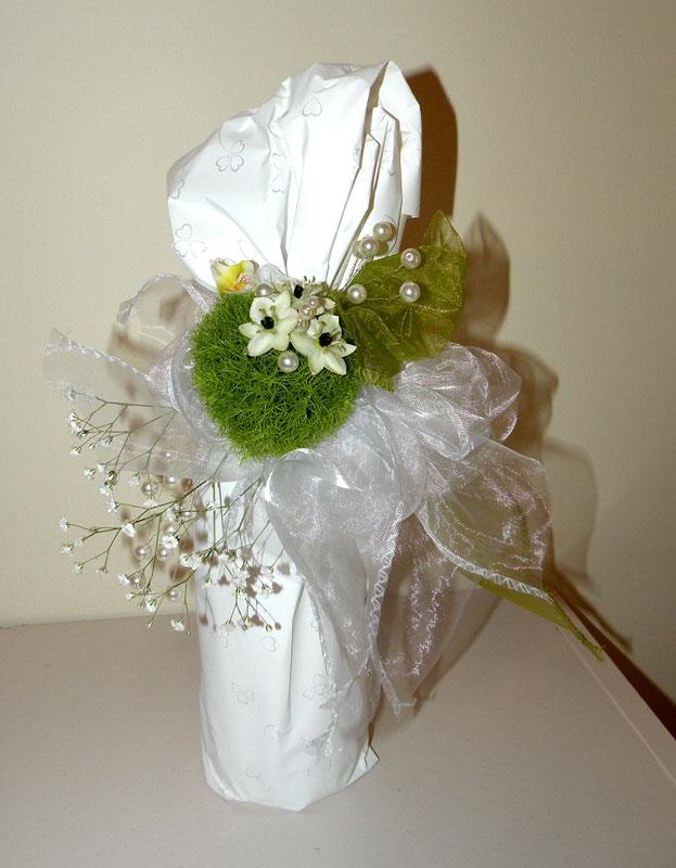 3a8abc15494072 ... Prezent ślubny; folia drukowana, żywe kwiaty, perełki. Prezenty ślubne  ...